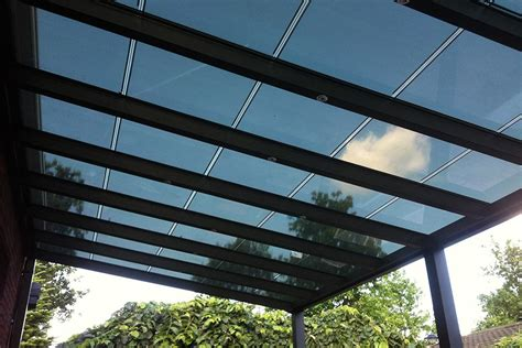 veranda zonnepanelen zwembadverwarming met zonnepanelen zwembad aanleg