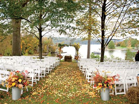 Fall Wedding by Fall Wedding Pitfalls Fall Wedding Planning Fall