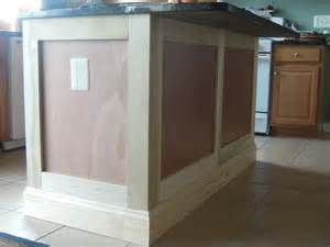 Kitchen Island Molding Diy Kitchen Island Remodel Addicted2projects