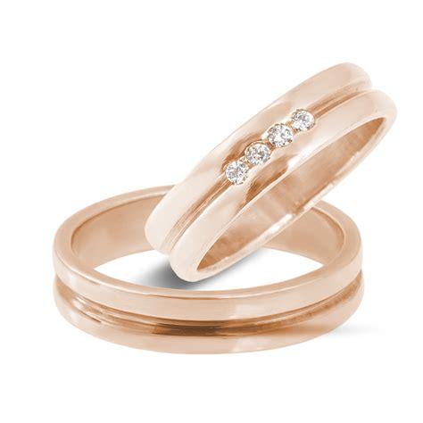 Hochzeitsringe Rosegold by Klenota Goldene Hochzeitsringe Mit Vier Diamanten