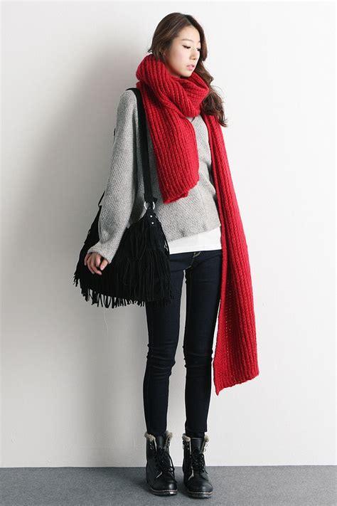 best 25 scarf ideas on scarf tying