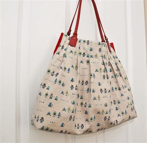 tote bag pattern video quality sewing tutorials for pleat s sake tote tutorial