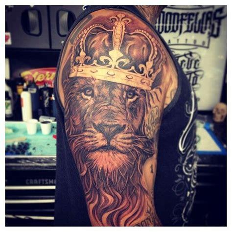 king tattoo on shoulder lion king tattoo on shoulder