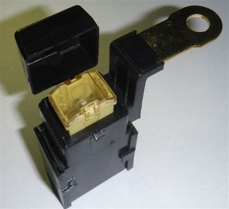 Fuse Holder Besar audio 4 expert fuse atau sekring