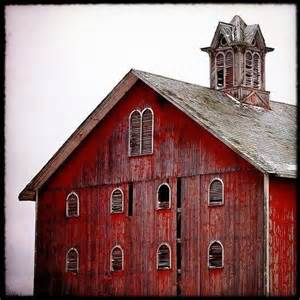Barn Red Very Beautiful Old Red Barn Red Barns Pinterest