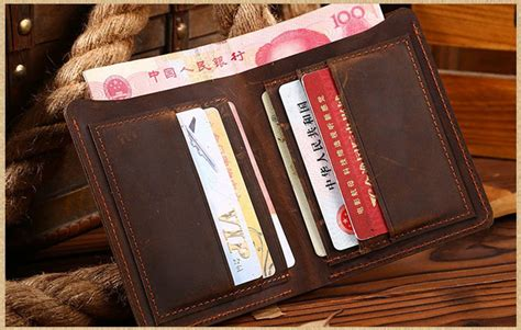 047 Dompet Pria Bahan Ch Leather Model Vertical dompet pria bahan ch leather model vertical brown