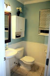 Beadboard Bathroom Ideas Beadboard Bathroom Design Pictures Decobizz