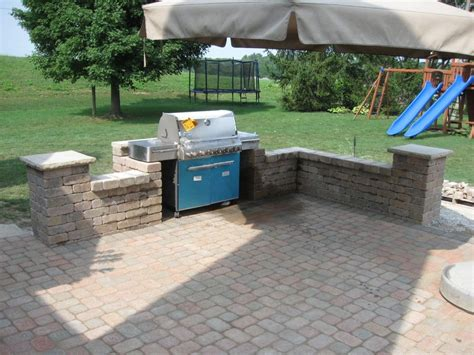 Patio Designs Using Pavers Terrific Outdoor Patio Design For Lounge Space Backyard Ideas Outdoor Covered Patios
