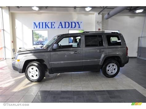 gray jeep patriot 2011 mineral gray metallic jeep patriot sport 49799185