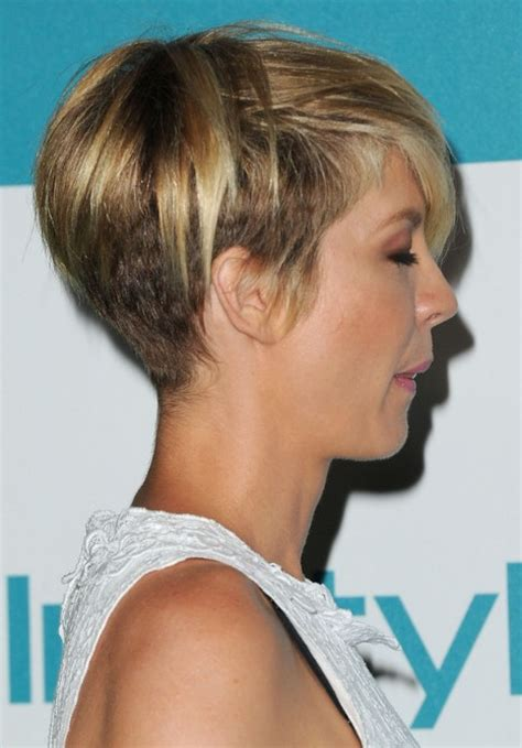 womans razor haircut most popular short haircut for women jenna elfman