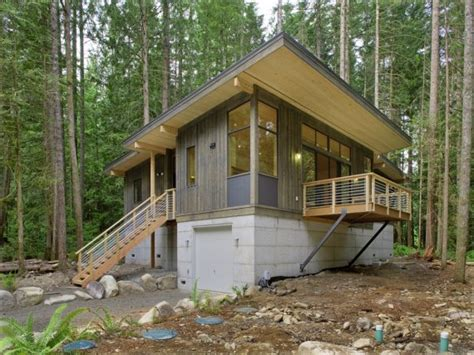 modern cabin designs method homes completes its first prefab cabin contemporist