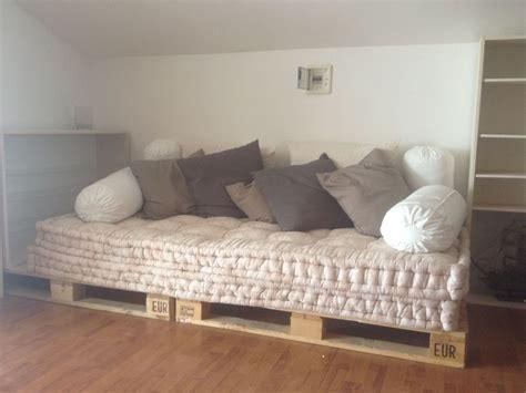 materassi per divani letto ikea divano con bancali materassi di e cuscini ikea