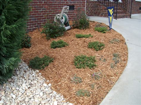 wood chips landscaping mulch manufactured pallet disposal inc