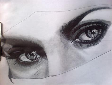 imagenes para dibujar a lapiz carboncillo dibujo ojos con bic y carboncillo im 225 genes taringa