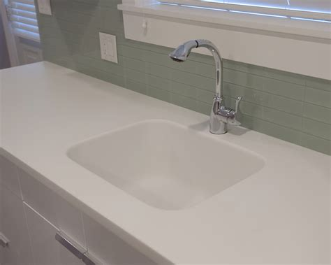 Solid Surface Kitchen Sink Motevaselan Hi Macs Arctic White Solid Surface Kitchen Countertops With Integral Sink Vancouver