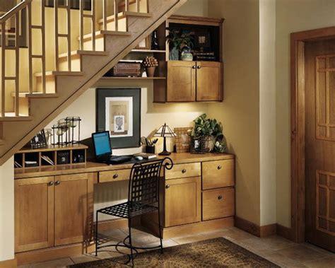 Small Home Office Stairs Am 233 Nagement Sous Escalier 60 Id 233 Es Dingues Du Placard 224