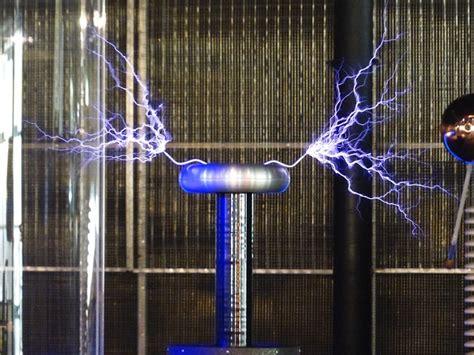 Tesla High Voltage Free Pictures Tesla Coil 8 Images Found