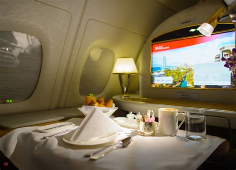 emirates rating the helpful emirates a380 business class review