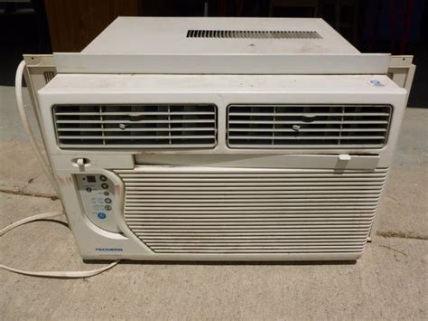 fedders window air conditioner model a6q10f2a large fedders window ac manannah 166 furniture sale