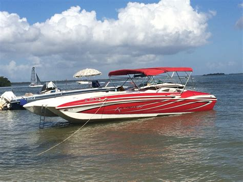 fast lake boats fast deck boats offshoreonly
