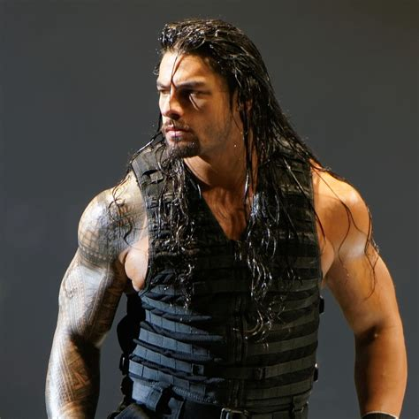 romans on the rage file roman reigns november 2013 jpg wikimedia commons