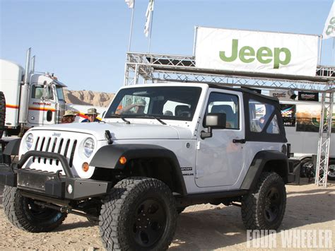 white jeep jeep wrangler review and photos