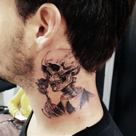 neck tattoo job blocker tattoo no pesco 231 o foto 9812 mundo das tatuagens