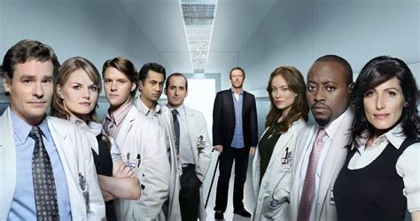 the cast of house house md cast wallpaper house m d fan art 20369115 fanpop
