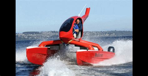 fast boat gif helicat22 at miami boat show twin engine catamaran is