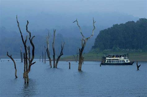 thekkady periyar lake sanctuary places  visit
