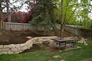Backyard Ideas On A Hill Triyae Backyard Landscaping Ideas With Hill