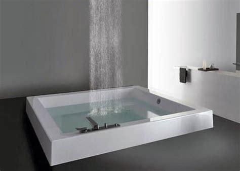 Pin Eine grosse badewanne fuers kleine bad duravit paiova