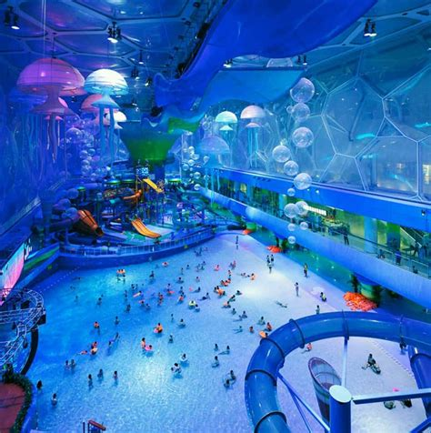 worlds best water parks top 3 world s largest indoor water parks designrulz