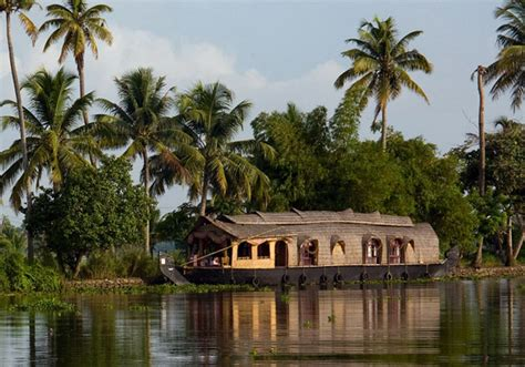 kerla house boat kerala backwaters houseboat www imgkid com the image