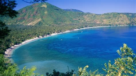 villa sepoi sepoi lombok bali discover