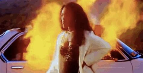 Waiting To Exhale Closet by In Praise Of The Who Sets On