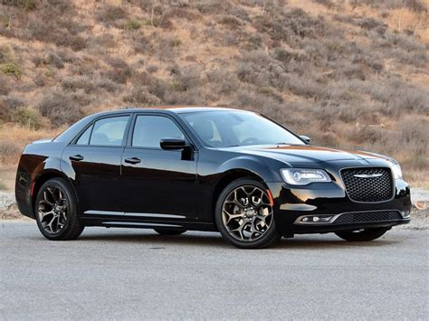 chrysler 300 colors 2018 chrysler 300 exterior colors 2018 2019 2020 new