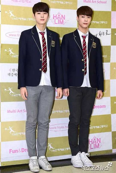 Photo )) 8 K-stars Graduated From Hanlim Multi Art School
