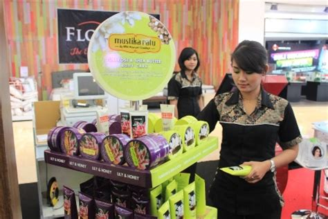 Harga Mustika Ratu Penyegar toko kosmetik mustika ratu di surabaya jual peralatan