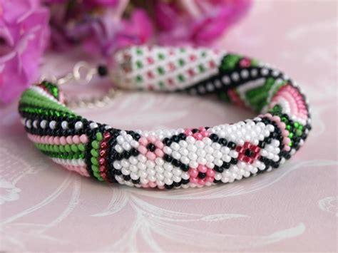 seed bead crochet patterns seed bead bracelet flower bracelet bead crochet
