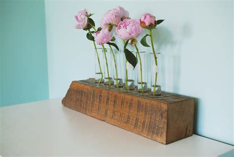 Paint Ideas For Kitchen by Diy Test Tube Flower Vase With Reclaimed Wood Base