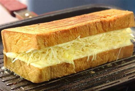 membuat roti bakar dengan microwave godaan kelezatan 6 roti bakar legendaris di bandung