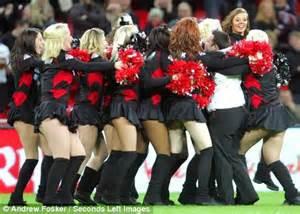 Rugby union fan Stuart Tinner wins £250,000 in Wembley