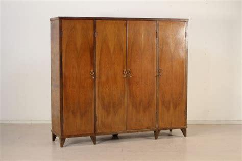 armadio anni 50 armadio anni 50 mobilio modernariato dimanoinmano it