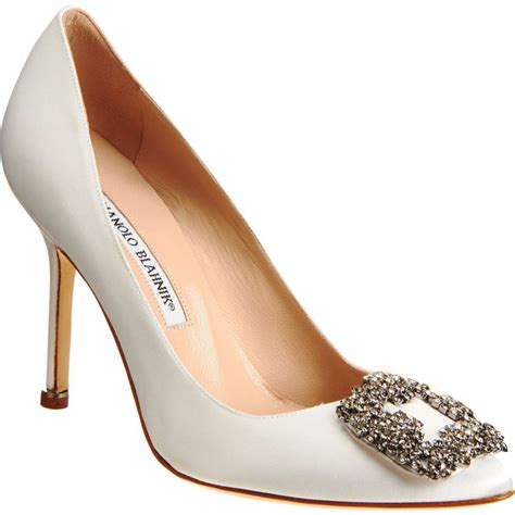 Manolos For Mandy by Manolo Blahnik Quot Hangisi Quot Ring The Bell