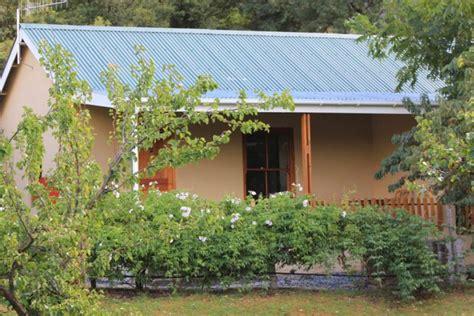 Mountain View Cottage by Mountain View Cottages Montagu Caravan Park Western