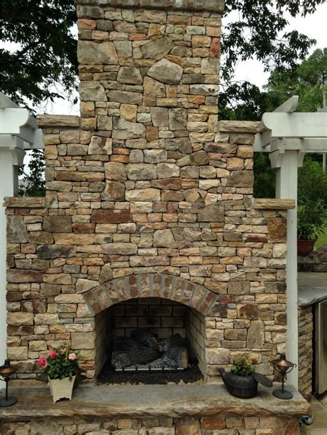 Wood Burning Fireplace Construction by 18 Best Outdoor Fireplaces Images On Outdoor