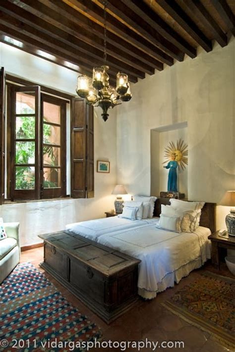 bedroom in spanish 1000 ideas about spanish style bedrooms on pinterest
