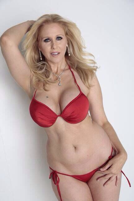 sexy old lady julia ann damn i love cougars faces pinterest