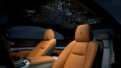 roll royce star the rolls royce wraith luminary puts shooting stars in